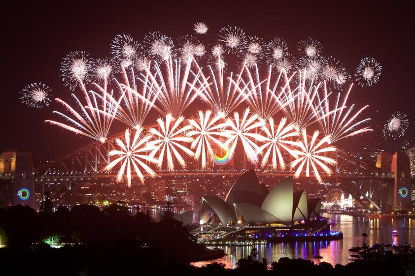 sydney-harbour-new-years-eve-fireworks-2013 (1)